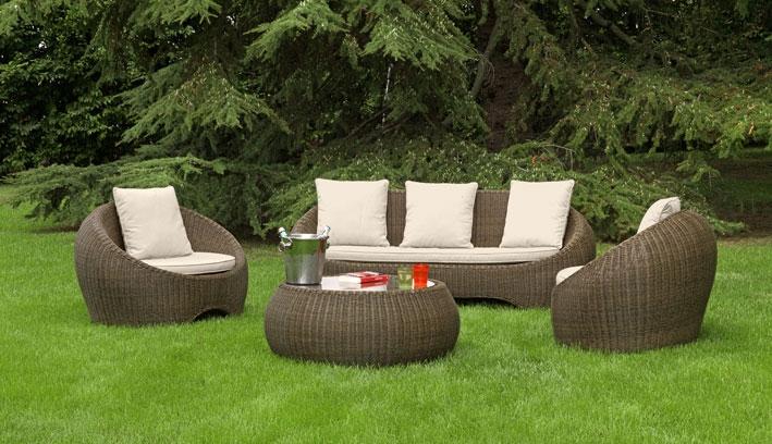 Salotto da giardino in midollino sintetico barcellona con for Salotti da giardino ikea
