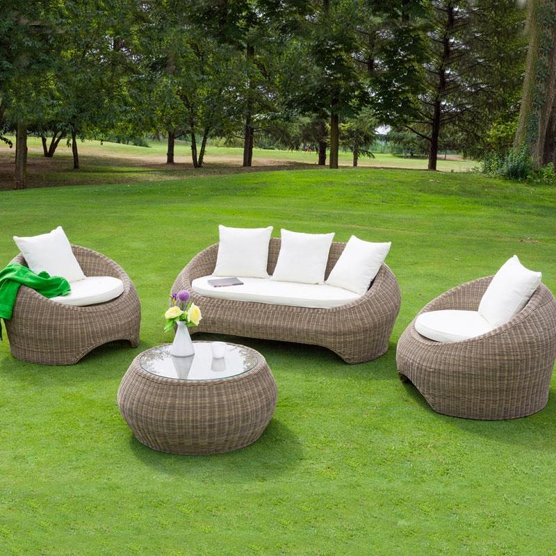 Salotto da giardino in wicker barcellona con cuscini for Cuscini arredo giardino