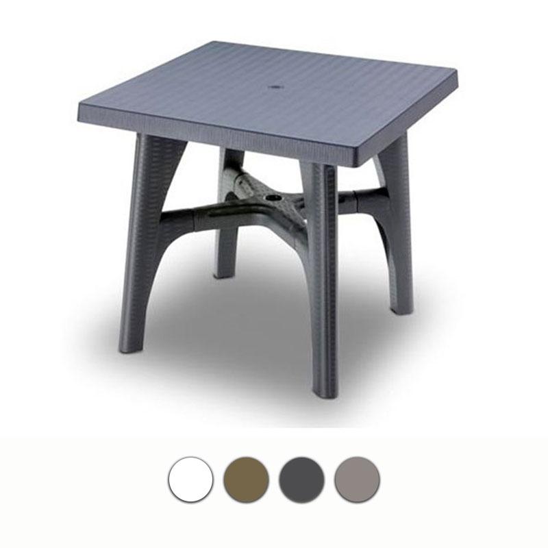 Tavolo da giardino quadrato intrecciato in resina by scab for Tavoli da giardino in resina
