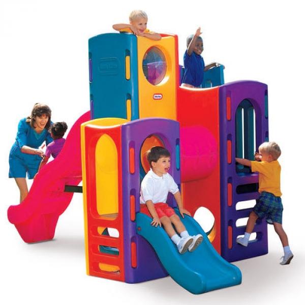 Arrampicatoio per bambini gigante da esterno by little tikes arredo - Scivoli da esterno per bambini ...