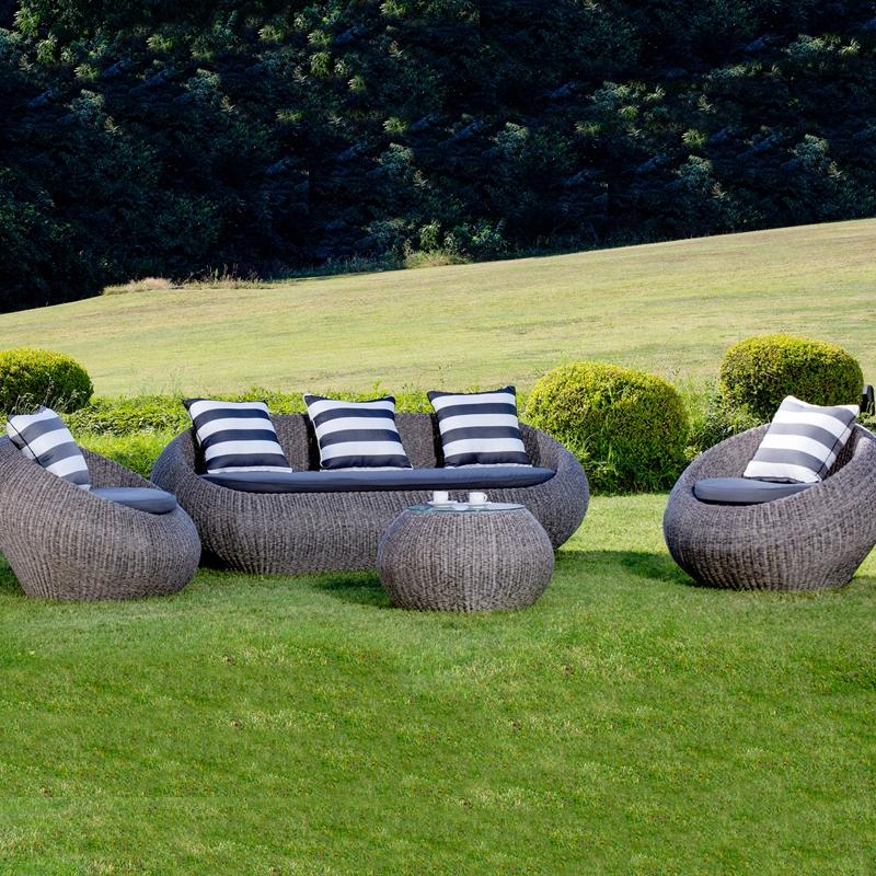 Salotto da giardino in wicker napoli con cuscini arredo for Salottini da giardino