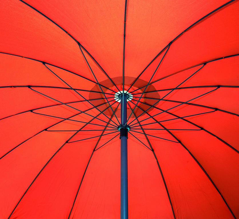 Ombrellone KYOTO rotondo Ø 2,70 mt in alluminio con snodo, apertura a manovella
