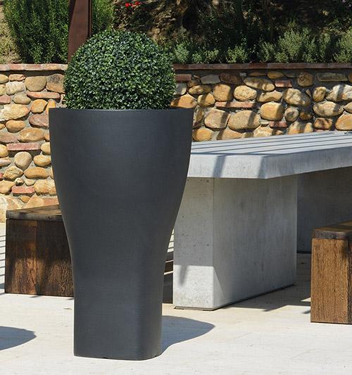 Vaso da giardino in polietilene BUCANEVE