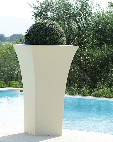 Vaso da giardino in polietilene GIGLIO