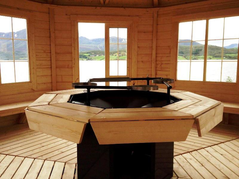 Barbecue in casetta di legno