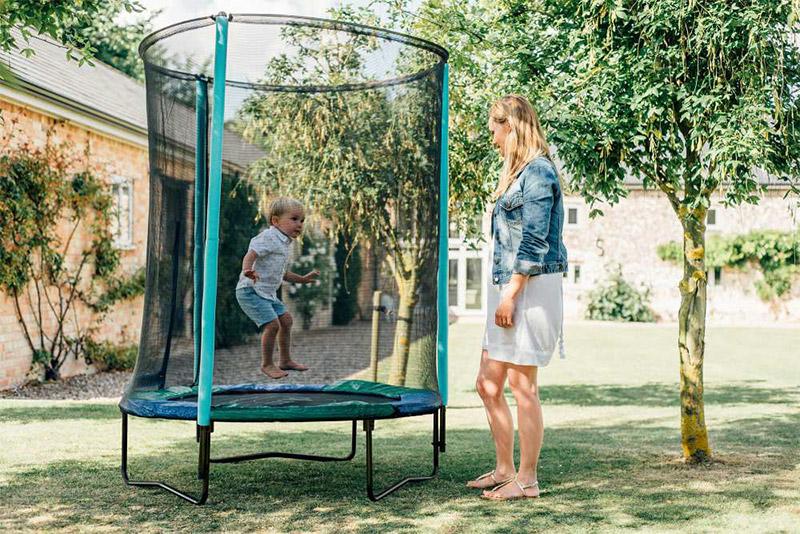 Trampolino elastico JUNIOR Ø 140 x h 180 cm con recinzione reversibile