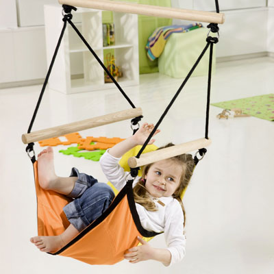 Poltrona sospesa KID'S SWINGER con struttura in legno