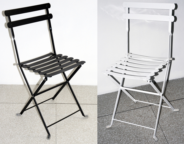 Sedia pieghevole da giardino in acciaio LARIO - bianca e nera ...