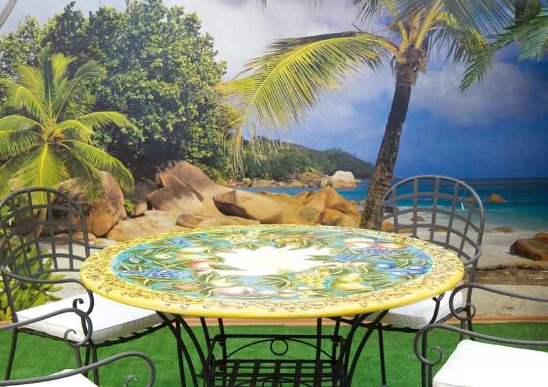 Tavolo rotondo in pietra lavica frutta caravaggio fascia verde decorato a mano arredo - Tavolo in pietra giardino ...