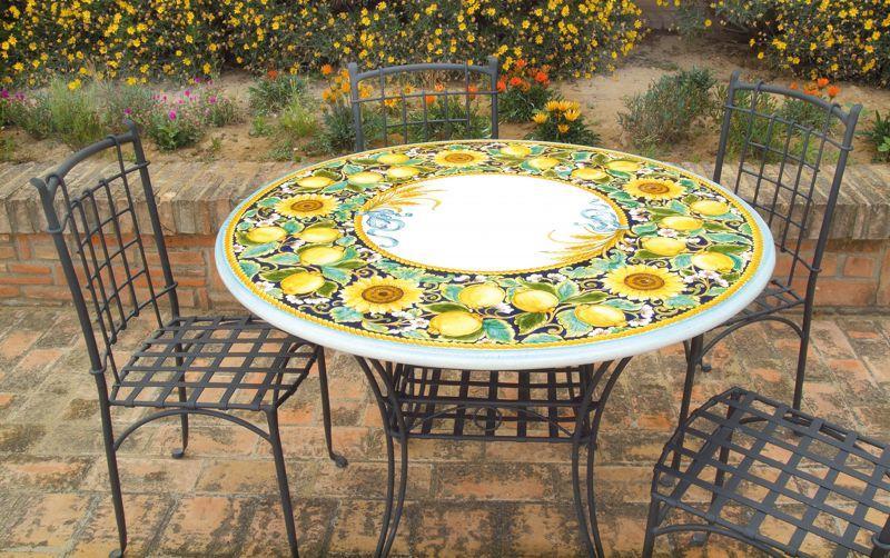 Tavolo rotondo in pietra lavica limoni girasoli decorato a - Tavolo pietra lavica ...